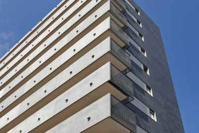 Newly built block of flats in business part of Barcelona - Hospitalet de Llobregat